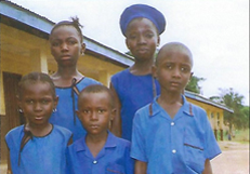 Die ersten fünf Förderkinder.