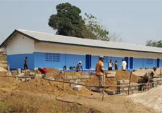 Bauarbeiten am Schulbau-Projekt